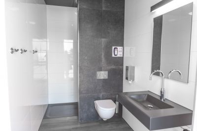 Het nieuwe sanitair is OPEN! En passanten zijn WELKOM!